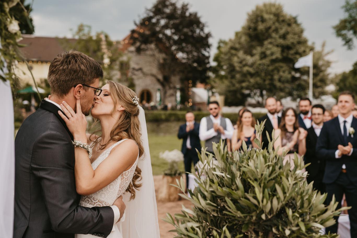 Hochzeit im Hofgut Langenau mit freier Trauung