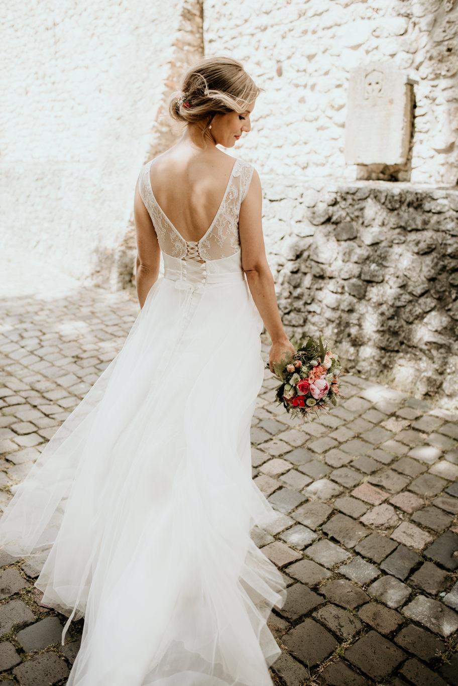 Hochzeitsfotograf Mannheim Braut Brautporträt Westhofen Worms Fine Art Schlossgut Lüll