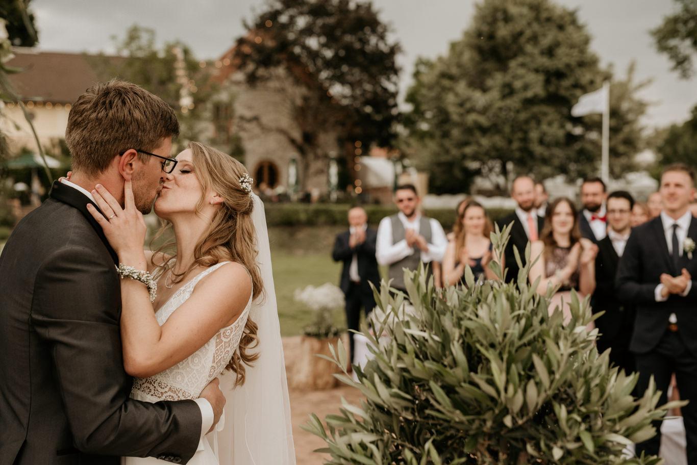 Hochzeitsfotograf Hofgut Langenau Darmstadt Mannheim freie trauung reportage