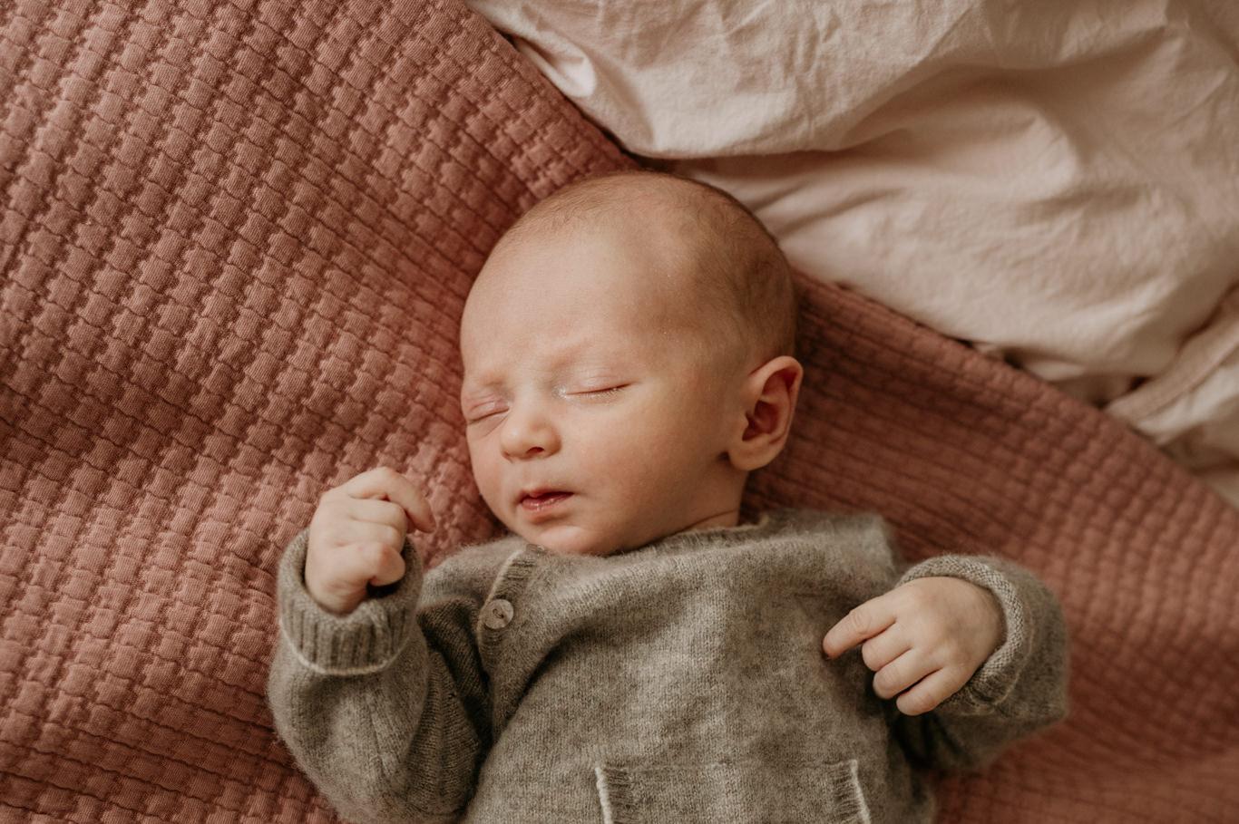 Babyfotograf Newborn Familien Fotograf Mannheim Newborn Shooting Viernheim Weinheim Heidelberg Neckarstadt