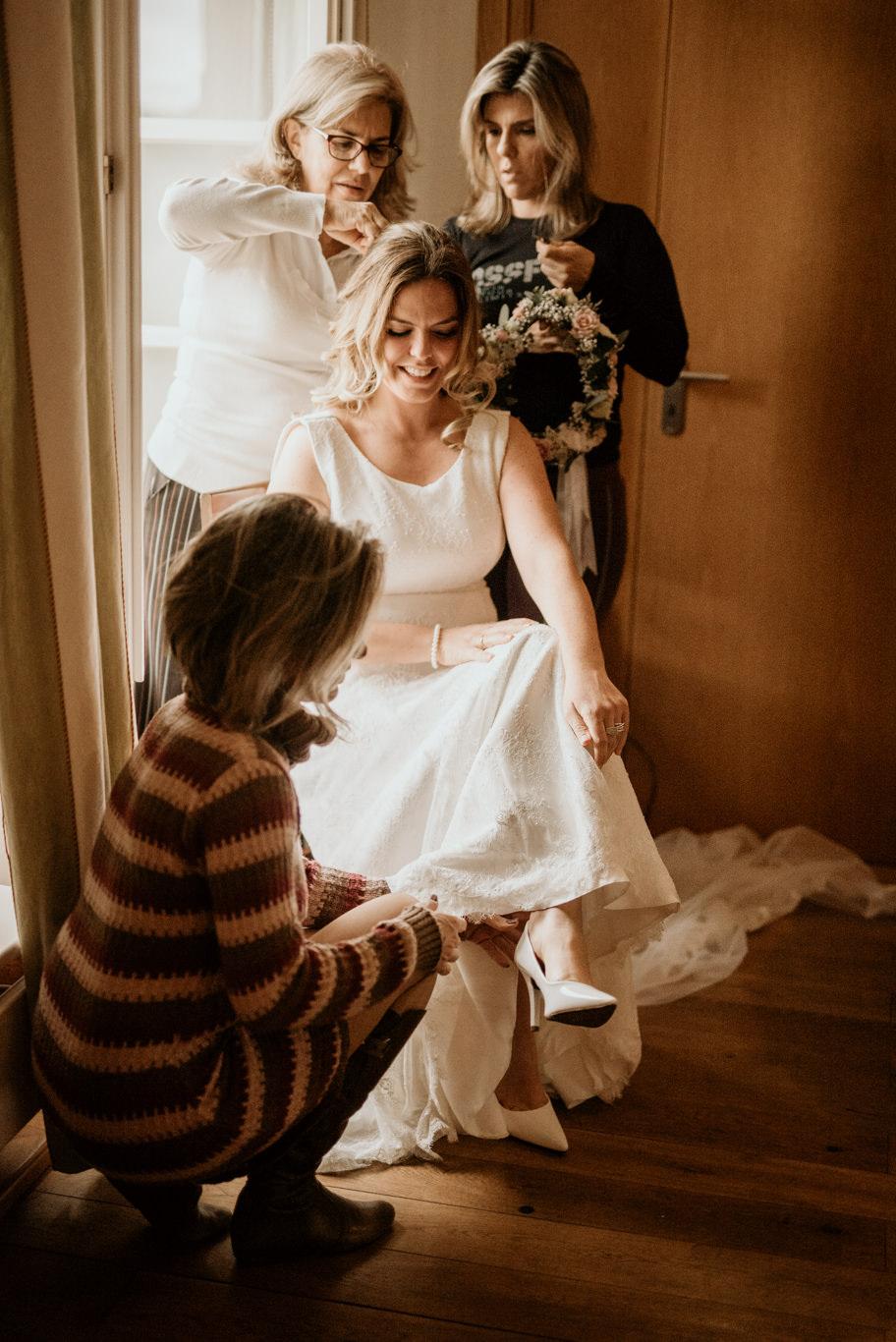 Hochzeitsfotograf Mittelburg Neckarsteinach Hochzeitsfotos Fotograf Hochzeit Wedding Getting Ready Braut