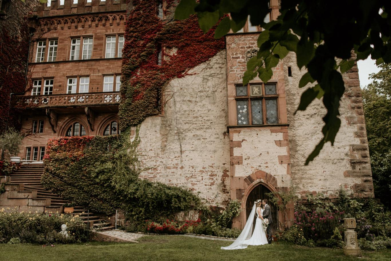 Hochzeitsfotograf Mittelburg Neckarsteinach Hochzeitsfotos Fotograf Hochzeit Wedding Hoher Darsberg Boho Brautpaar Portraits